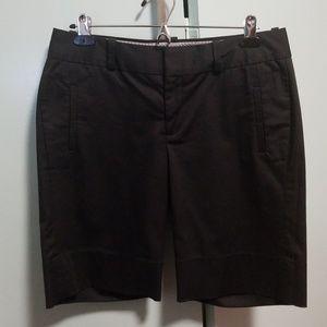 Pants - Banana Republic Bermuda short size 6